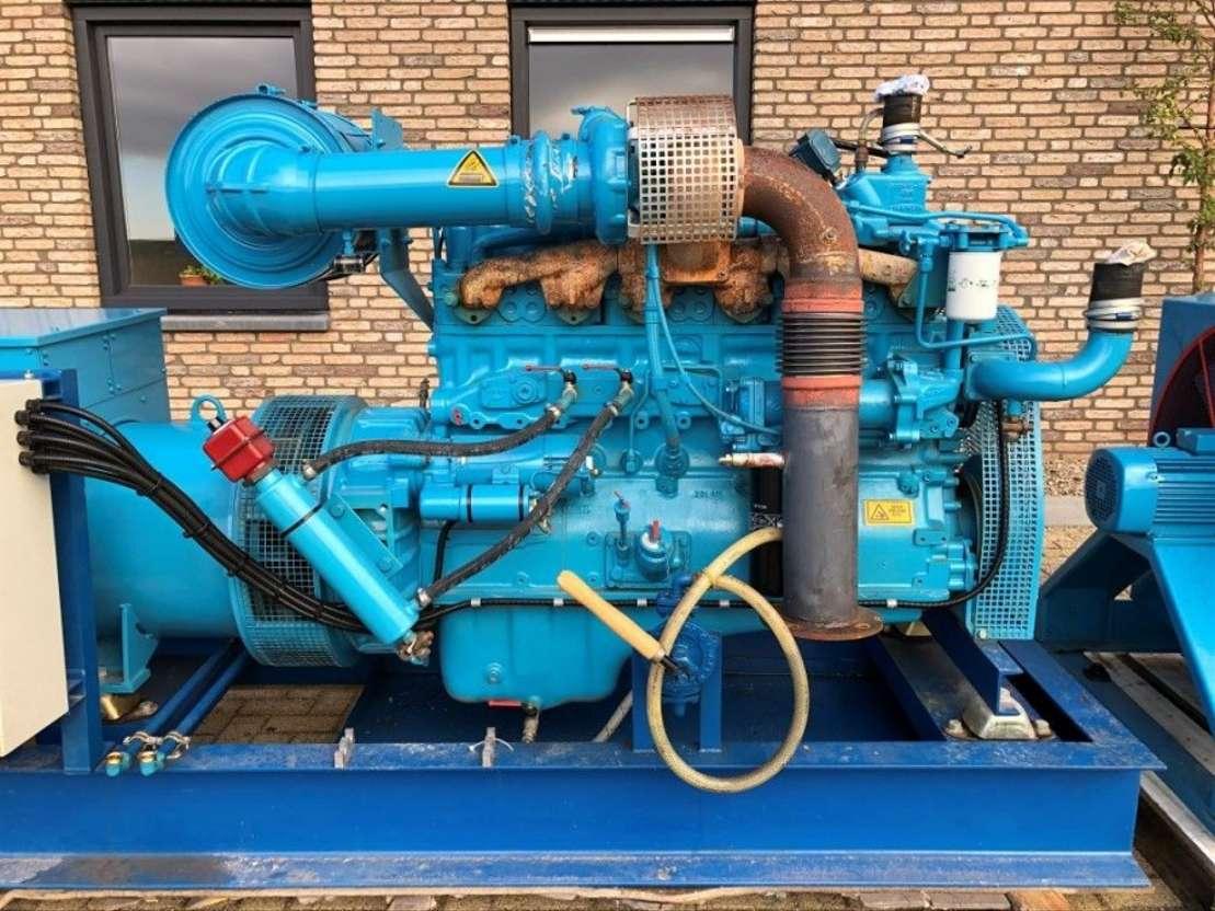 generator Cummins NT 855 G4 380 kVA generatorset 1996