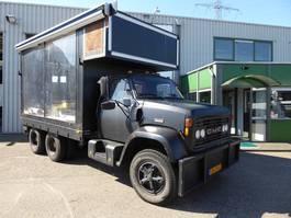 platform vrachtwagen GMC Brigadier 8000 6X4,Podiumwagen,Foodtruck,VIP bar Lounge,Catterpillar 320... 1980