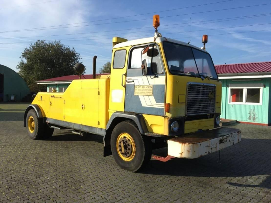 takelwagen-bergingswagen-vrachtwagen Volvo F88 1971