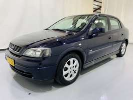 hatchback auto Opel astra 5-Drs 1.6 Njoy Automaat Airco 2003
