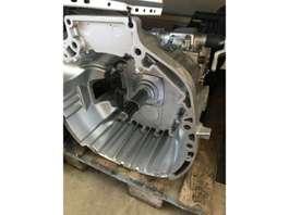 Versnellingsbak vrachtwagen onderdeel Iveco 2845.6 Getriebe im Austausch 8869373 Eurocargo