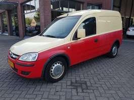 gesloten bestelwagen Opel Combo Z13 dth 2006