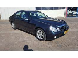 sedan auto Mercedes Benz E-Klasse 200 KOMPRESSOR 2002