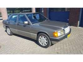 sedan auto Mercedes Benz 190 E 2.0 U9 190E 2.0 1993