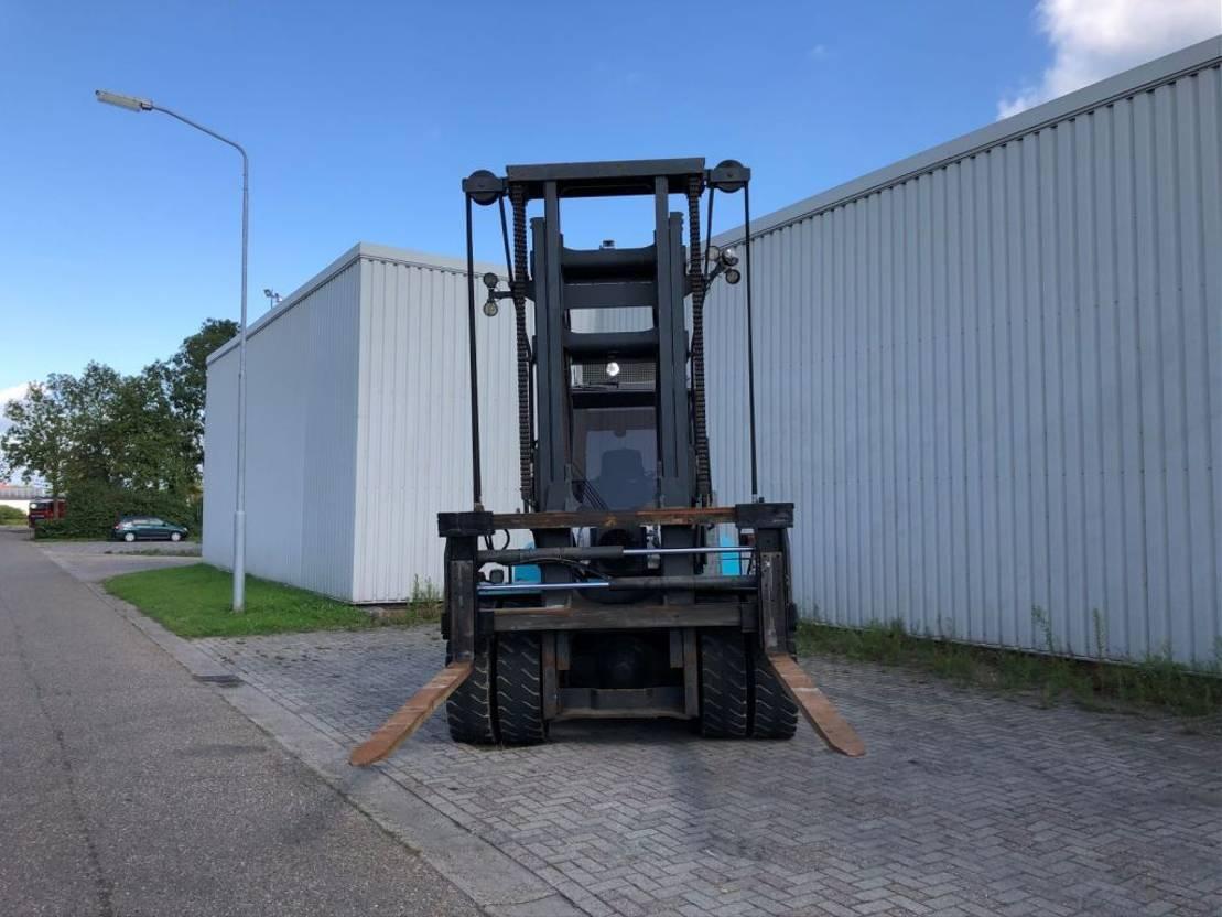 vorkheftruck SMV 12-600B 2012