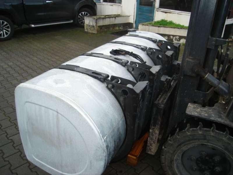 Volvo - D TANK/20503517/200 L 3