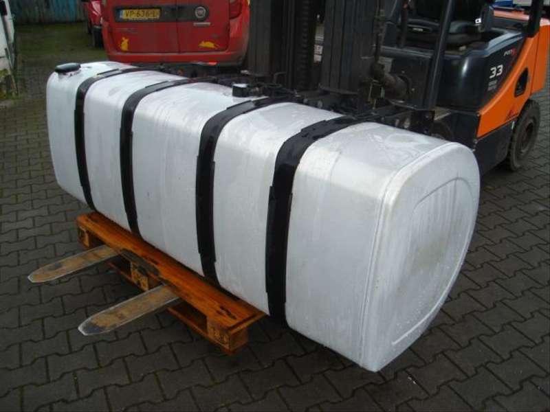 Volvo - D TANK/20503517/200 L 4