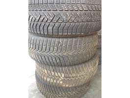 banden auto onderdeel Pirelli pirelli 205/55r16 winter