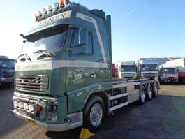 containersysteem vrachtwagen Volvo FH16 540 + Euro 5 + 8X4 +  30 ton hook + 2 in stock! 2011