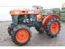 mini - compact trekker Kubota B6000 Mini Tractor