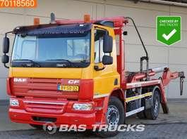 containersysteem vrachtwagen DAF CF75.250 4X2 Manual Skiploader Portaal Absetzkipper Euro 5 2009