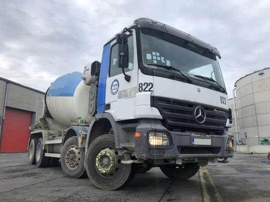 betonmixer vrachtwagen Mercedes Benz ACTROS 3241 BB 2005