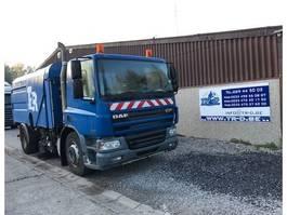 Veegmachine vrachtwagen DAF CF75.250 VEEGWAGEN 2003