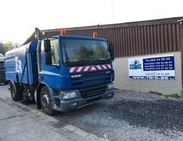 Veegmachine vrachtwagen DAF CF 75 CF75.250 VEEGWAGEN 2003