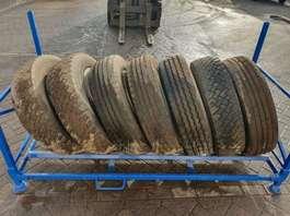 banden bus onderdeel Michelin 255/70 R22.5 + ALU Rims