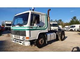standaard trekker Volvo FL10 320 1991
