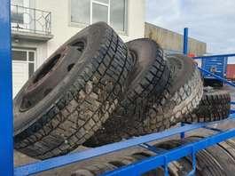 banden bus onderdeel Michelin 245/70 R19.5