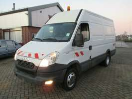 bakwagen bedrijfswagen Iveco Daily 35C13 L/H Netto €7750,=