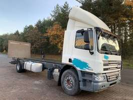 chassis cabine vrachtwagen DAF CF 75.310 - MANUAL ZF GEARBOX - 19T - LONG CHASSIS - *635.000km* - BELGI... 2011