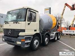 betonmixer vrachtwagen Mercedes Benz Actros 3235 Full steel - EPS 3 pedals - 9M3 2002