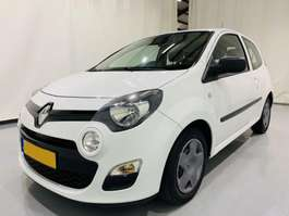 hatchback auto Renault twingo 1.2 16V 2012