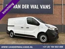 gesloten bestelwagen Opel Vivaro 1.6CDTI 120pk L1H1 Airco, omvormer 220V, trekhaak, inrichting 2014