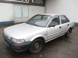 sedan auto Toyota Corolla 1.3 XL 1991