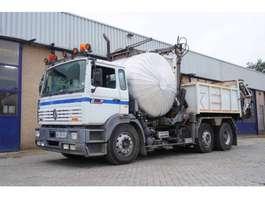 bitumensprayer vrachtwagen Renault G300 1993