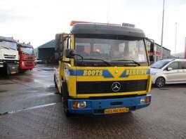 autotransporter vrachtwagen Mercedes Benz 817 ECOLINER 1994