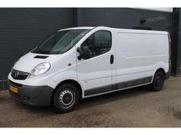 gesloten bestelwagen Opel Vivaro 2.0 CDTI L2H1 - Airco - Cruise - Trekhaak - € 6.600,- Ex. 2013
