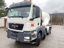 betonmixer vrachtwagen MAN 32360 2011