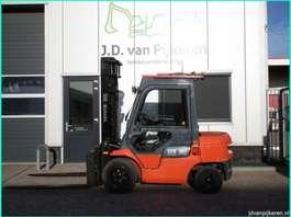 vorkheftruck Toyota 02-7FDF30 3t diesel cabine shift+vorkversteller 2007! 2007