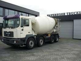 betonmixer vrachtwagen MAN 32-360  8x4 Concrete mixer 10000 Liter 2000