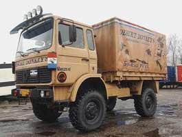 huifzeil vrachtwagen Renault TRM2000 4X4 1986