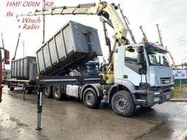 containersysteem vrachtwagen Iveco TRAKKER AD410T45 - 8x4 HAAKSYSTEEM + KRAAN HMF ODIN K8 56Tm - MANUAL ZF ... 2008