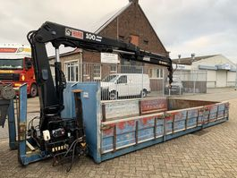 overige containers Vossebelt Open container with HIAB 100 crane