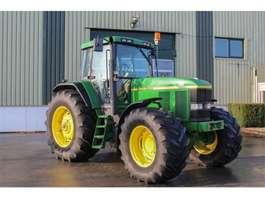 standaard tractor landbouw John Deere 7710 PS 1998