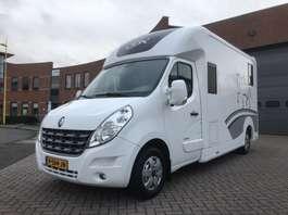 bakwagen vrachtwagen Renault MASTER HORSEBOX STX 5 pers. 2014