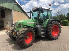 standaard tractor landbouw Fendt 711 2001