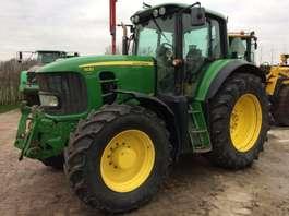 standaard tractor landbouw John Deere 7430 2009