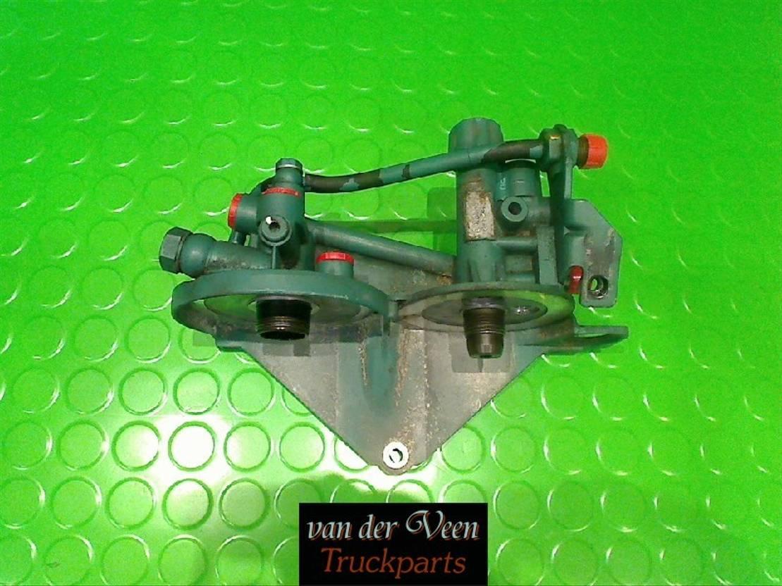 brandstof systeem bedrijfswagen onderdeel Volvo 21023285 Brandstoffilterhuis Euro 5 2010