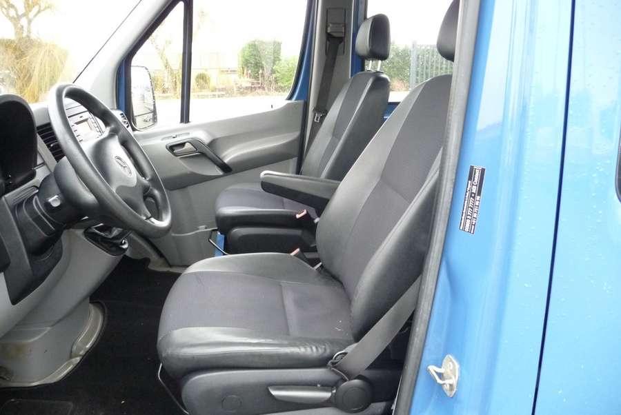 Mercedes-Benz - 310 2.2 CDI 366 DC laadklep 16