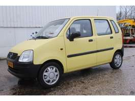 hatchback auto Opel Agila 1.0-12V 2003