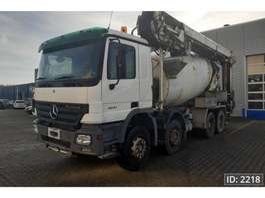 betonmixer vrachtwagen Mercedes Benz Actros 3241 Day Cab, Euro 3 2006