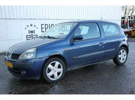 hatchback auto Renault Clio 1.6 16V Dynamique 2001