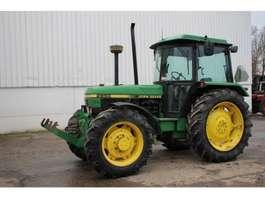 standaard tractor landbouw John Deere 2850 1987
