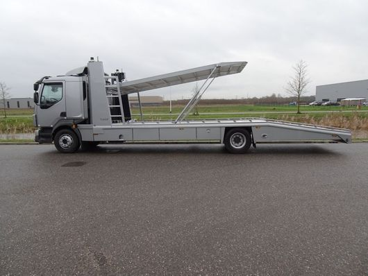 autotransporter vrachtwagen Volvo FL Tijhof 2-3 lader autotransporter 2020