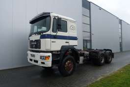 chassis cabine vrachtwagen MAN 27.463 F2000 6X6 MANUAL FULL STEEL HUB REDUCTION 1996