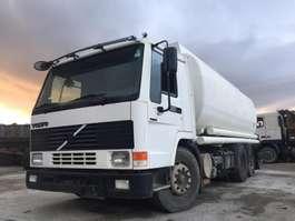 tankwagen vrachtwagen Volvo FL10 - 360 1998