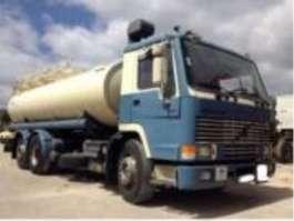 tankwagen vrachtwagen Volvo FL 7 1995